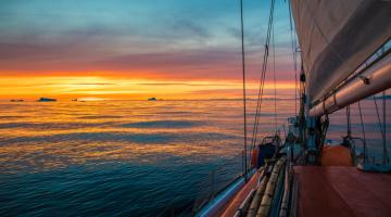 With no flights, man sails 9,000 km across Atlantic to see dad on Father's Day